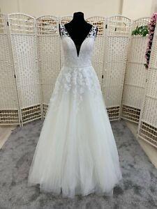 BNWT Ladybird wedding dress size 10.  Ivory lace bodice with straps