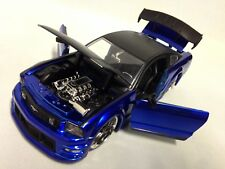 "2006 Ford Mustang GT Collectible, 8.5"" Die Cast 1:24 Scale Jada Toys Blue/Black"