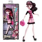 Monster High DRACULAURA Doll Scaris City of Frights Travel Ghoul Original NEW !