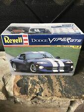 VTG Revell 1998 Dodge Viper GTS Model Car KIT 1/25 scale NEW 85-6359 Sealed🔥