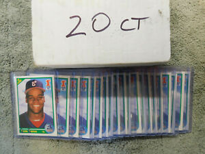 1990 Score - Frank Thomas - Rookie (RC) Card# 663 - White Sox - Lot of 20 Cards