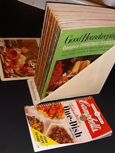"Good Housekeeping's ""GUIDE to GOOD COOKING"" Complete 1967 Set w/Holder & INDEX"