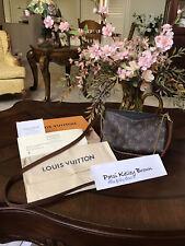 Louie Vuitton Pallas Clutch Noir