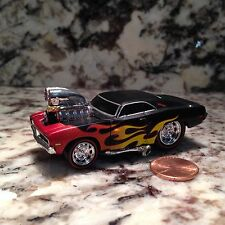 MUSCLE MACHINES 69 DODGE CHARGER RT DIE CAST CAR 1/64 SCALE 1969