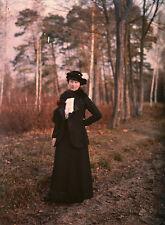 Autochrome femme dans les bois