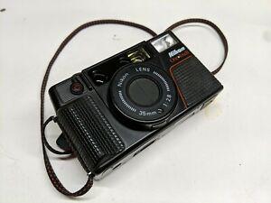 Nikon L35AF2 l35af 35mm Point and Shoot Film Camera tested works!