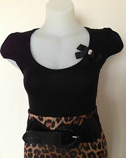 Sexy Pinup Rockabilly 50s Scoop Neck Tshirt with Diamonte Skull Bow Brooch Small