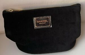 CHANEL COSMETIC/MAKEUP BAG POUCH CLUTCH velvet BLACK makeup VIP GIFT