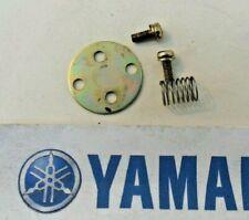 YAMAHA XJ900 XJ 900 F MIKUNI CARB CARBURETOR NEEDLE JET PLATE & SCREWS 1984-1990