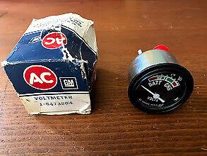 NOS GM 1980s Chevrolet Truck GMC Battery Charge Indicator Volts Voltmeter Gauge