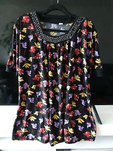 Ladies Top Blouse Size 2XL 22/24 Plus Size