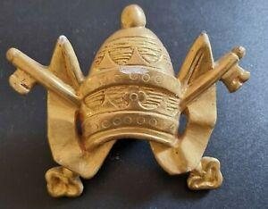Antica Camisa stemma papale in legno bagnato color oro zecchino del XVI° secolo