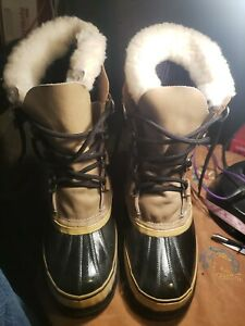 Sorel Womens Size 8 Caribou Leather Rubber Insulated Canada Made Duck Boots