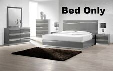 Gray Lacquer Leon Modern 1pc Bedroom set in Queen size bed Headboard W LED Light