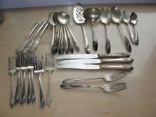 31 Pcs Tudor Plate Oneida Community Silver Plate Flatware Queen Bess