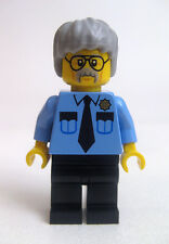 "[neu] LEGO Minifigur ""Pa Cop"" aus Set 70809"