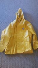 Helly Hanson Rain Jacket Men's Size L Yellow Hood Coat Button Front Long Sleeve