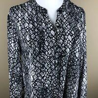 Apt. 9 Women's Long Sleeve Top Blouse Size L Black Brown, Reptile Pattern