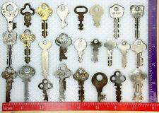 Lot Of 25 Vintage Flat Skeleton Keys - Yale, Corbin, Eagle, Squire, Neumann,More