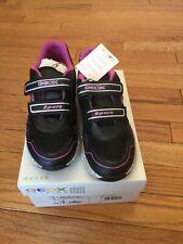 NWT Geox Girls Sneakers Size 2 European Size 33