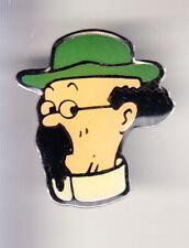 RARE PINS PIN'S .. BD COMICS INSPIRATION TINTIN HERGE TOURNESOL CORNER C. ~CJ