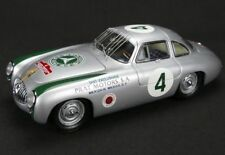 MERCEDES BENZ 300 SL #4 PANAMERICANA (1952) 1/18 DIECAST MODEL CAR BY CMC 023