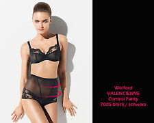 WOLFORD Valencienne Control Panty • black • ...mit aufregenden Dessous-Elementen