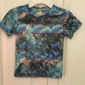 Reel Legends sun protection multi colored blue T shirt size 4