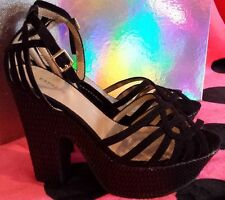 EXPRESS Sexy Strappy Platform Wedge Sandals Shoes Size 8 NEW