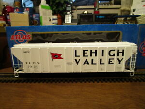4Atlas O 6384-4 Lehigh Valley PS-4427 Low Side Hopper #2021 w/opening hatches