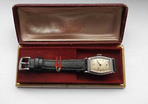 Antike Schweizer Art Deco Uhr Handaufzug Formwerk Vintage 40er + MARViN Box