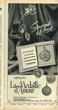 C- Publicité Advertising 1965 Bijoux La médaille d'Amour A.Augis