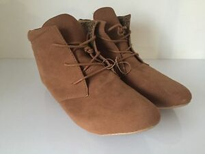 Ladies Ankle Boot Brown Size Uk5 New Free Delivery