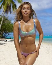 Gigi Hadid 8x10 Bikini Photo #12