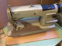 Consew 230 Industrial Sewing Machine - JUST THE HEAD - Se Habla Español