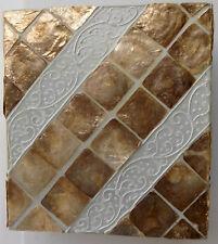 Applique in resina e madreperla oro cm 27x13x30  etnico luce da muro moderno
