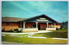 Lake of the Woods Sun Bathing Bath House in Mahomet, Chrome Postcard Unused New