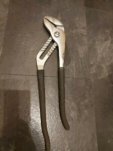 """Huge 16"""" adjustable water pump pliers overall length is 16"""" good used condition."""