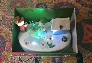 2015 Kurt Adler Peanuts Christmas Animated Table Piece, Snoopy, Charlie & Linus