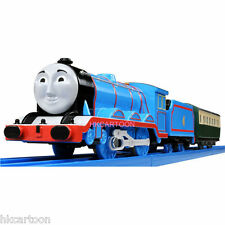 NEW TOMY TRACKMASTER THOMAS&FRIENDS TS-04 GORDON WITH 2 TRUCKS MOTORIZED TRAIN