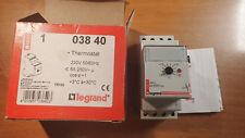Legrand 03840 - Thermostat modulaire d'ambiance de tableau - réglage 3°C à 30°C