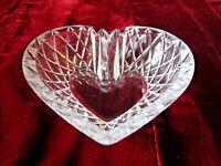 VINTAGE ASHTRAY GLASS HEART SHAPE ETCHED DESIGN MID CENTURY MODERN