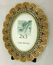 "Aaron Brothers Goldtone Multi 4X5"" Oval Frame Holds 2X3"" Photo"