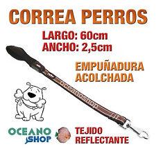 CORREA PERRO TEJIDO REFLECTANTE MARRÓN EMPUÑADURA ACOLCHADA 60cm LARGO L91 3401