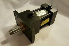 "Parker Hydraulic Cylinder 3L Model 02.00J3LLU19A1.00 2"" Bore & 1"" Stroke"