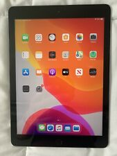 Apple iPad 5th Gen. 32GB, Wi-Fi, 9.7in - Space Gray (CA)