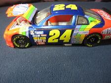 #24 Jeff Gordon NASCAR Crash Car Model with Driver and Jack Man