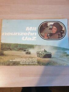 Mit neunzehn UaZ , Infobroschüre NVA  DDR , Militärverlag 1984