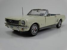 Danbury Mint 1966 Ford Mustang Convertible 1:24 Scale Die Cast Metal Model Car