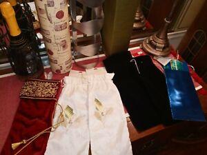 Lot of 6 Wine Bags NEW 1 Lush Red Velvet/ 2 black velvet/ 2 cream white/ 1 paper